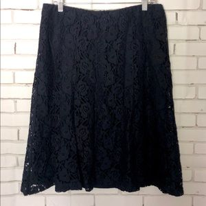 NEW navy lace skirt sz M Christopher & Banks